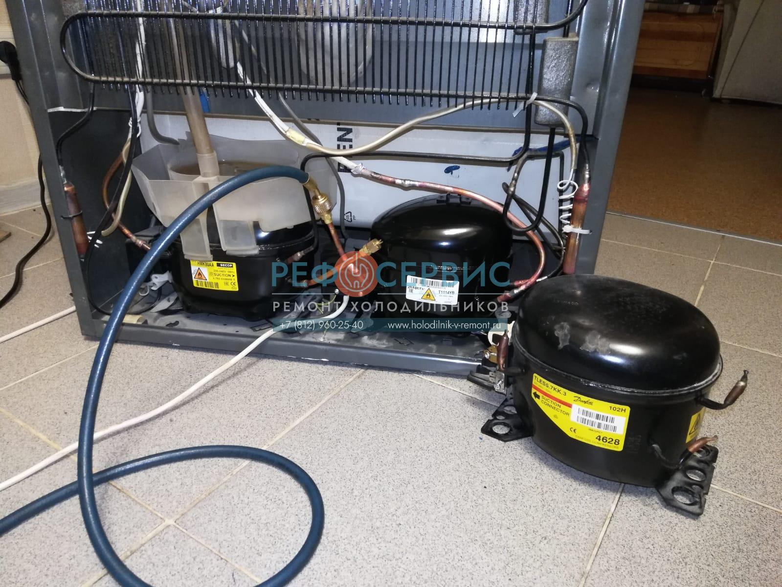 Замена компрессора в холодильнике Electroluxe ERB4199X