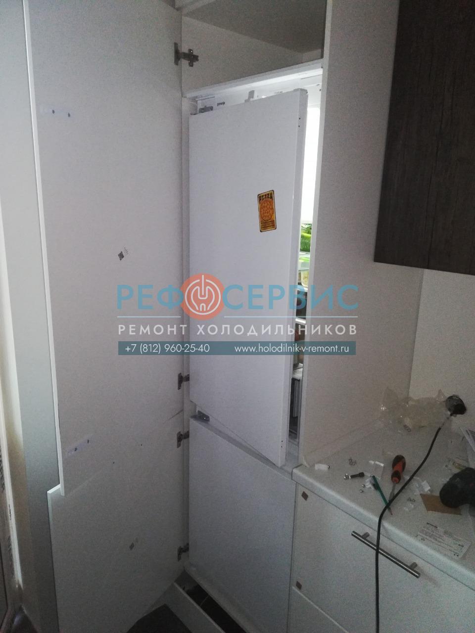 Встраивание в мебель холодильника GORENJE RKI4182E1