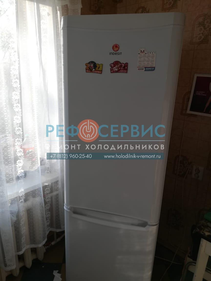 Заправка хладагентом холодильника INDESIT B18FNF.025