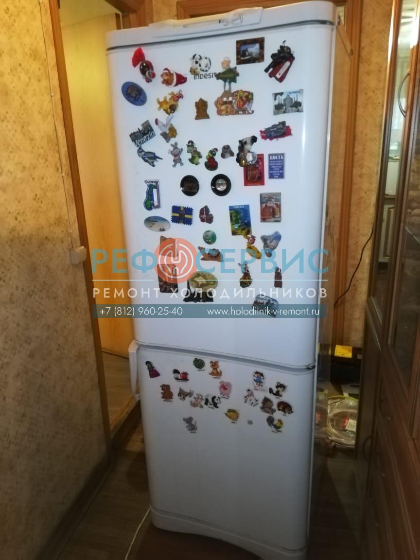 Замена компрессора в холодильнике INDESIT C132G.016