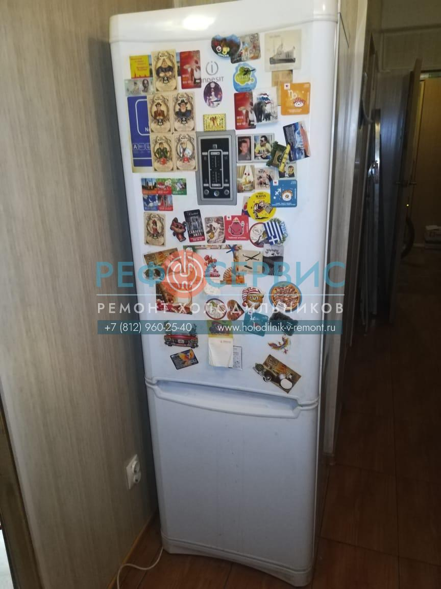 Замена выключателя света и ремонт силовой платы в холодильнике INDESIT NBA 18DFNF